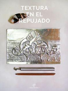 Pewter Art, Metal Embossing, Foil Art, Metal Working, Scrap, Paper Crafts, Cool Stuff, Diy, Aluminum Crafts