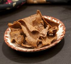Roasted diet snacks have low fat, calorie content and high protein and fibre content. BrownTree Ragi Chips are a delectable accompaniment wi...