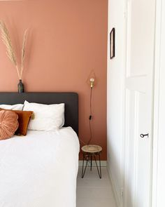 Warm Bedroom Colors, Bedroom Color Schemes, Room Ideas Bedroom, Home Decor Bedroom, Bedroom Orange, Home Room Design, Living Room Paint, New Room, House Rooms