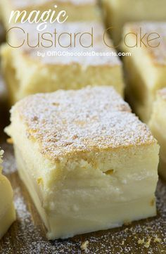 Vanilla Magic Custard Cake is melt-in-your-mouth soft and creamy. A custard-like filling mixed with a dense cake layer creates the ultimate vanilla dessert! Magic Cake Recipes, Easy Cake Recipes, Easy Desserts, Dessert Recipes, 15 Minute Desserts, Magic Recipe, Banana Recipes, Paleo Dessert, Health Desserts
