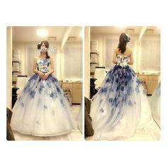 Color dress  こちらは佐々木希さんデザインらしいです  いろーいろ試着したい()   #プレ花嫁#Colordress#カラードレス#カラードレス試着#佐々木希デザイン#青色#mドレス#結婚式準備 by mw_td