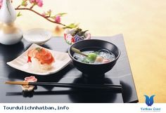 Văn hóa ẩm thực truyền thống của Nhật Bản là một trong rất nhiều di sản văn hóa phi vật thể thế giới được Unesco công nhận. Tuy nhiên không phải ai cũng biết được một số quy tắc cần có khi thưởng thức những những món ăn độc đáo tới từ đất nước mặt trời mọc. Dưới đây là 10 quy tắc du khách nên biết... Xem thêm: http://tourdulichnhatban.info/10-quy-tac-khi-thuong-thuc-mon-an-nhat-ban-pn.html