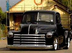 custom49' 1949 Chevrolet Truck Photo 3 - 1949 Truck Photo Gallery – Rod & Custom