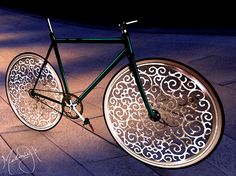 YLighting Marcel Wanders Pattern Play Design Contest Winners Check out the contest winners form YLighting's Marcel Wanders Pattern Play contest! Runner Up: A Marcel Wanders bicycle by Melanie in New York Cool Bicycles, Vintage Bicycles, Cool Bikes, Velo Design, Bicycle Design, Pimp Your Bike, Bici Fixed, Bicycle Art, Bicycle Spokes
