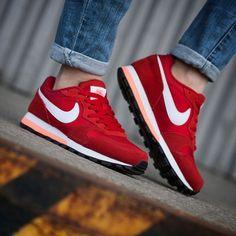 Nike MD Runner 2: Red