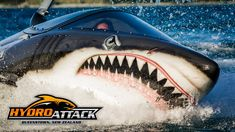 New Zealand .Hydro Attack Queenstown - Are you ready for the Seabreacher shark . Cool Boats, Super Yachts, Nose Art, Speed Boats, Jet Ski, Submarines, Boat Plans, Dodge Charger, Water Crafts