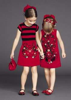 Learn about these stylish kids clothes Little Girl Fashion, Little Girl Dresses, Kids Fashion, Girls Dresses, Dresses 2016, Prom Dresses, Summer Dresses, Outfits Niños, Dolce And Gabbana Kids