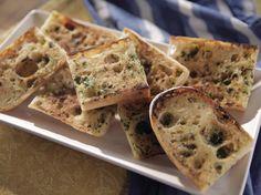 Garlic Bread recipe from Trisha Yearwood via Food Network
