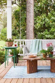 Antique Porch Swingcountryliving