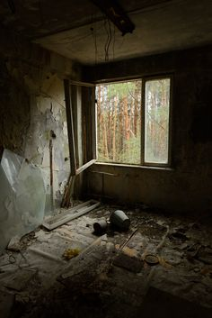 The open window - An abandoned room in Pripyat