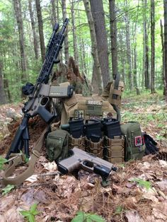 Survival Tools and Tips Tactical Equipment, Tactical Vest, Tactical Survival, Survival Gear, Combat Gear, Tac Gear, Military Guns, Airsoft Guns, Guns And Ammo