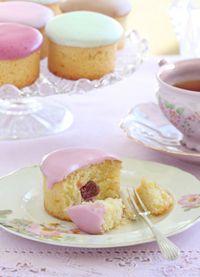 Coconut Teacakes