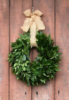 Our Fresh Bay Leaf Wreaths with jute bow are a fragrant seasonal treat for the holidays. Handcrafted from organic bay leaves our Bay Leaf Wreaths create a aromatic and natural decor throughout the home and make a fresh holiday gift. Winter Wonderland Christmas, Christmas Holidays, Coastal Christmas, Rustic Christmas, Christmas Ideas, Merry Christmas, Christmas Tablescapes, Christmas Decorations, Church Decorations
