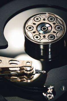 Crucial Data Recovery is a full service data recovery company with over 10 years of experience specializing in the recovery of lost data from any type of storage media regardless of operating or file system.  http://www.crucialdatarecovery.com/