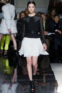 Sfilata Jason Wu New York - Collezioni Autunno Inverno 2013-14 - Vogue