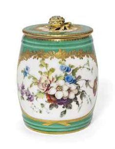 A SEVRES APPLE-GREEN GROUND MUSTARD-POT AND COVER  1763