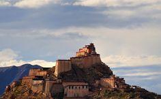 Gyantse Dzong, Tibet