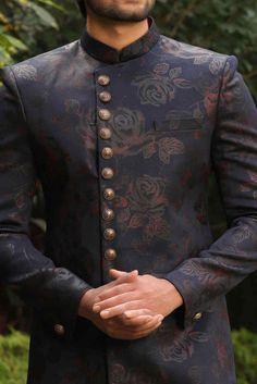 Printed Floral Indo-western Set - Manyavar Indian Wedding Suits Men, Sherwani For Men Wedding, Indian Groom Wear, Indian Wedding Outfits, Wedding Men, Sherwani Groom, Nigerian Men Fashion, Indian Men Fashion, India Fashion Men