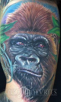 The Gorilla Tattoo Gallery Desain S Tattoo, Chest Tattoo, Body Art Tattoos, Tattoo Gorilla, Female Gorilla, Weird Tattoos, Colour Tattoo, Mobile Art, Realism Tattoo