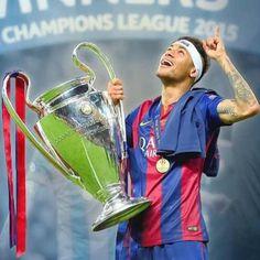 Neymar Jr, Paris Saint Germain Fc, Gillette Stadium, National Football Teams, Fc Barcelona, American Football, Guys And Girls, Champions League, Cute Guys