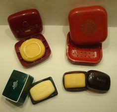 Brand-Names  Mini Soaps With Cases And Case Cinnabar