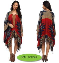 Poncho deschis cu franjuri cu desen geometric combina 4 culori Kimono Top, Cover Up, Tops, Dresses, Women, Fashion, Templates, Vestidos, Moda