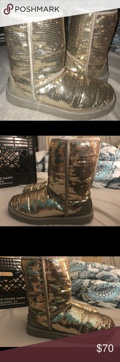 REAL Silver sequin UGGS In good condition. 100% real uggs. Missing minimal sequins. Silver but look gold in pictures!!!😊 UGG Shoes Winter & Rain Boots