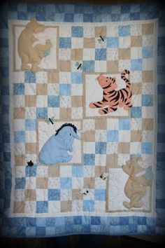 Classic Pooh baby quilt.