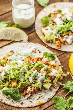 Buffalo Chicken Tacos are the perfect marriage of hot and saucy buffalo and everyone's favoriete Mexican go-to. Now you can enjoy them on the skinny side. Buffalo Chicken Tacos, Buffalo Chicken Recipes, Healthy Buffalo Chicken, Can Chicken Recipes, Skinny Recipes, Healthy Recipes, Skinny Meals, Healthy Foods, Yummy Recipes