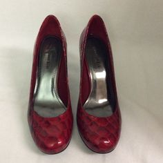 Gianni Bini pumps additional pictures. Gianni Bini pumps additional pictures. Gianni Bini Shoes Heels