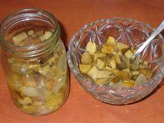 Salát z hub, papriky a cibule