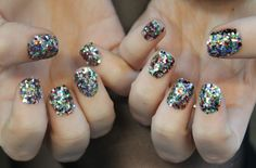 ciate_sequin_manicure_kit_review_swatch.jpg