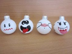 Community: 45 Awesome Christmas Ornaments Every Video Game Lover Needs Community: 45 Fantasti. Noel Christmas, Christmas Games, Christian Christmas, Christmas Stuff, Geek Crafts, Fun Crafts, Deco Gamer, Video Game Crafts, Video Games