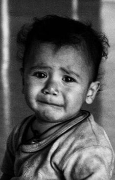 Photography black and white sad eyes 39 Super Ideas Black And White Photography Portraits, Face Photography, Black And White Portraits, Black And White Pictures, Children Photography, Happy Photography, Photography Ideas, Sad Eyes, Cool Eyes
