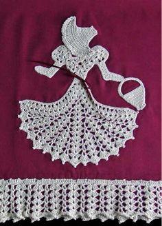 Crinoline Pillowcase Lady Crochet Pattern