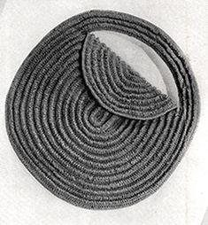 The Edwardians Hat and Bag Set Pattern Crochet Hooks, Knit Crochet, Crochet Bags, Crotchet, Crochet Patterns, Bag Patterns, Crochet Ideas, Sewing Shorts, Types Of Bag