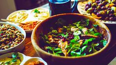 Ask more from your beer! Beer Pairing, Craft Beer, Salad, Club, Ethnic Recipes, Food, Essen, Salads, Meals