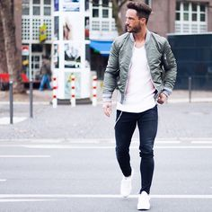 streets* Enjoy your evening!  Jacket: @livefastdieyoung_de  Sneaker: @rafsimonsofficial  #lfdy