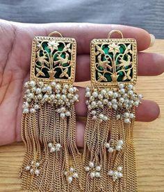 new designer earrings Antique Jewellery Designs, Fancy Jewellery, Indian Jewellery Design, Stylish Jewelry, Luxury Jewelry, Silver Jewellery, Silver Ring, Trendy Fashion Jewelry, Indian Jewelry Earrings