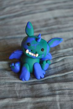 Fimo, polymer clay dragon from Sifaka. www.etsy.com/shop/Sifakacreations