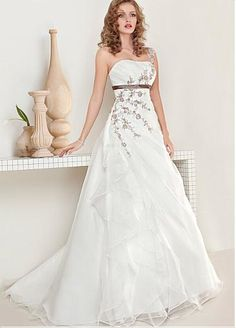 Elegant Organza One Shoulder Neckline Natural Waistline A-line Wedding Dress With Embroidery