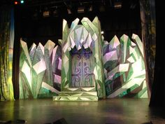 Image result for wizard of oz builds for stage