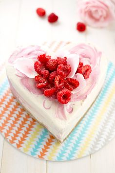 Vegan Raspberry White Chocolate Cake - a cool, creamy, fruity cake flavored with Cocoa Butter, Vanilla Bean and Raspberries. #raw #vegan #cake #valentines