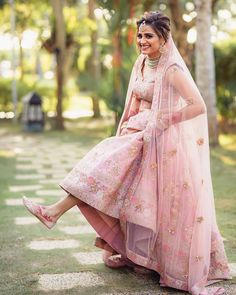 Indian Wedding Photos, Indian Bridal Outfits, Indian Bridal Fashion, Indian Wedding Photography, Wedding Pictures, Wedding Ideas, Couple Wedding Dress, Wedding Dresses For Girls, Bridal Dresses