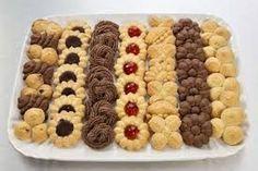Návody na různá těsta do lisu na takovéto krásné sušenky Dog Food Recipes, Cookie Recipes, Christmas Night, Cookie Exchange, Love Cake, Holiday Cookies, Gingerbread Cookies, Sweet Tooth, Food And Drink