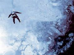 On August 16, 1960, US Air Force Captain Joseph W. Kittinger literally jumped into the pages of aviation history books when he stepped out of a balloon gondola at an altitude of 102,800 feet. For more than four and a half minutes, he plummeted towards the ground before finally opening his parachute at an altitude of 18,000 feet.