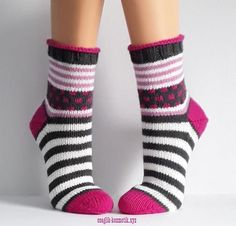 - The world's most private search engine Crochet Socks, Knitted Slippers, Knitting Socks, Hand Knitting, Knitting Patterns, Knitted Heart, Knitted Bags, Lots Of Socks, Cozy Socks