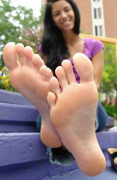 Fuß-Verehrungsvideos xxx
