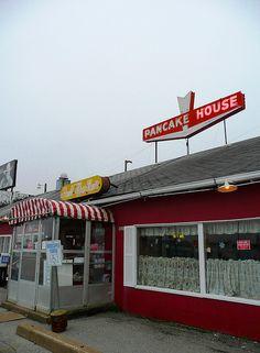 http://perfectpancake.futtoo.com/ Springfield, MO Aunt Martha's... #pancakes