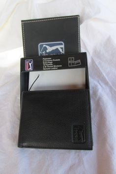 PGA Tour Mens Geninue Leather Wallet Passcase with Case NWOT #PGATour #Bifold